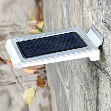 Solar mozgásérzékelő lámpa